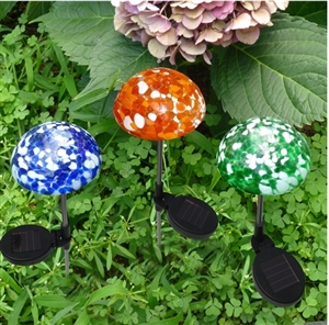 Charmant Hand  Blown Art Glass Mushroom Solar Color Changing Light Set Of Three (3